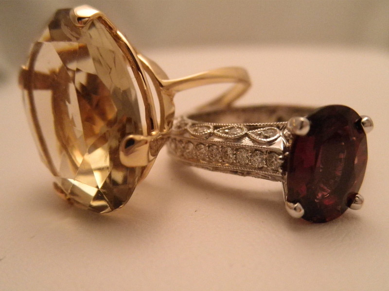 Smokey Quartz in Yellow Gold & Pink Spinel in Diamond Mounting